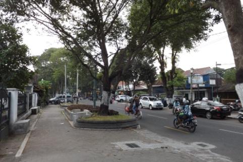 Típica calle de Yogyakarta