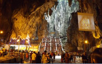 Interior de las Batu Caves