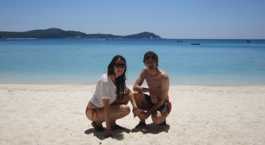 Nosotros en la playa del Perhentian Island Resort