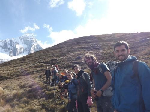 El grupo unido ascendiendo hasta Punta Unión