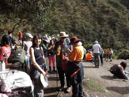 Tomando un descanso en el camping de Ayapata
