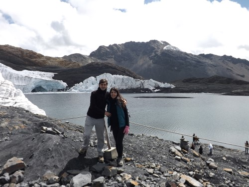 Glaciar Pastoruri y lago