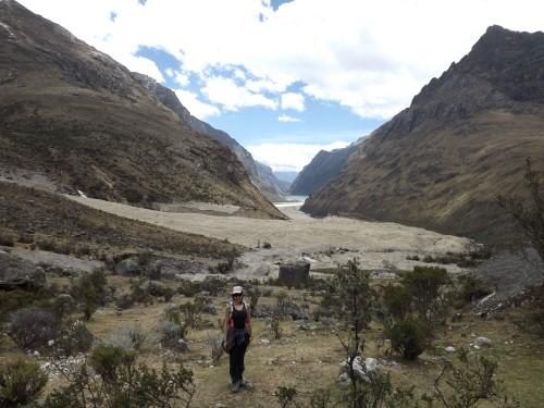 Quebrada Santa Cruz, al fondo la laguna Jatuncocha