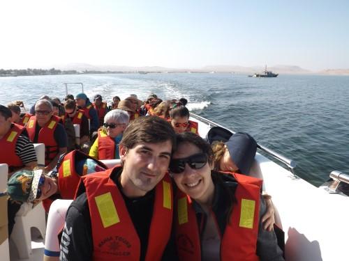 Ya en el bote hacia Paracas