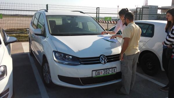 Gestionando la reserva del coche con la compañia Oryx