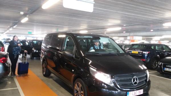 Nuestro taxi hasta el aeropuerto de Charleroi