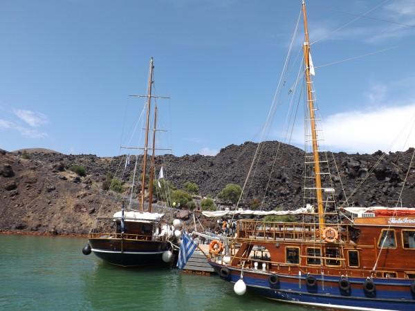 Llegando al puerto de Nea Kameni