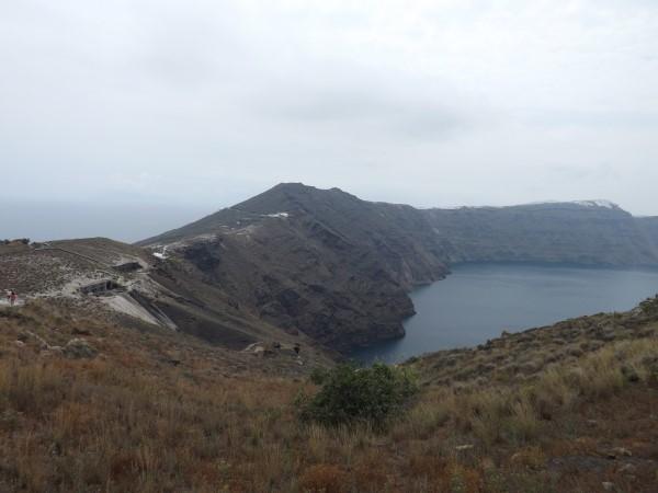 A lo largo de la ruta de Thira a Oia