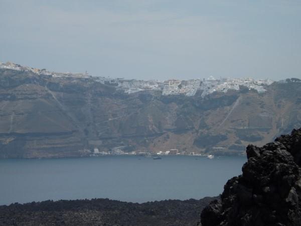 Puerto Viejo desde la isla de Nea Kameni