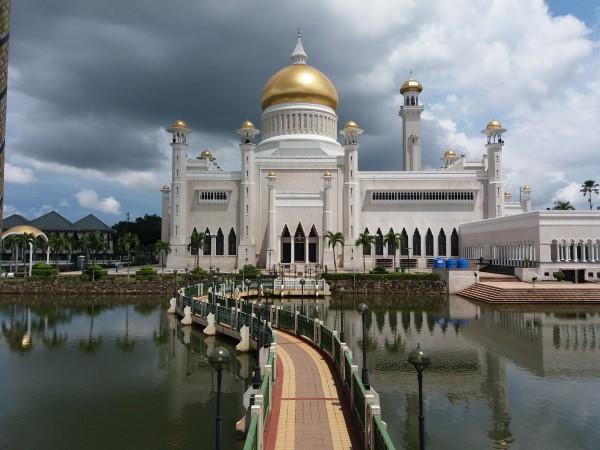 Mezquita Omar Ali Saifuddin
